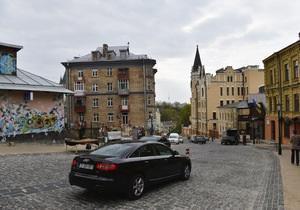 новости Киева - Подол - КГГА - Сагайдачного - Осенью Подол станет пешеходным и обзаведется уличной мебелью - КГГА
