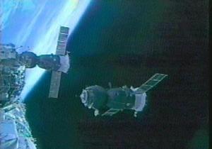 Отстыковку Союза от МКС перенесли на сутки