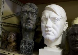 Британцу запретили продавать через eBay фигурки Гитлера