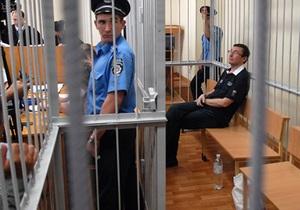 Бывший водитель Луценко не явился в суд. Судьи решают, продолжать ли заседание