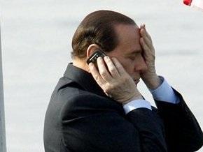 Итальянская фотомодель обвинила Берлускони в сутенерстве