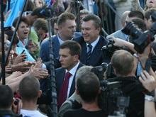 Тимошенко уволила 6 помощников и 16 советников Януковича