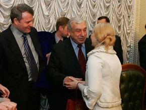 Тимошенко требует от Лозинского сложить депутатский мандат