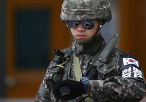 Фотогалерея: На грани войны. Южная Корея  и Япония готовятся к удару КНДР