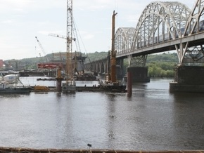 Кабмин выделит 650 млн гривен на строительство Дарницкого моста