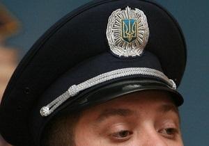 В Виннице милиционер, продававший  жучки , при задержании съел 450 гривен
