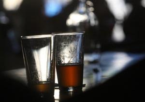 В Ирландии начался суд над барменами, позволившими посетителю напиться до смерти