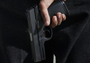 Россиянин получил пулевое ранение в результате потасовки полицейских
