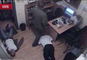 Милиция готова закрыть дело об убийстве охранников Каравана