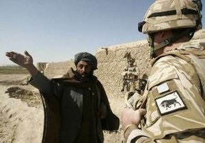 Вторые сутки боев в Афганистане: главный оплот талибов в Гильменде сдался