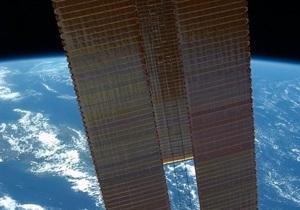 Капсула космического корабля Союз ТМА-07М с членами экипажа МКС приземлилась в Казахстане