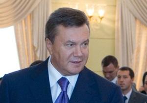 Янукович предлагает вдвое увеличить выплаты при рождении ребенка