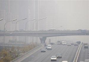 ЕС требует от Украины ввести экологический налог на авто