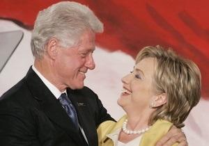 Билл Клинтон разыгрывает себя в лотерею, чтобы расплатится с долгами жены