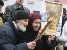 В центре Киева проходят молитвенные стояния против НАТО