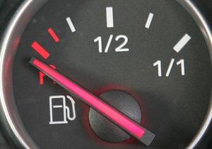 В Беларуси девятый раз за год повысили цены на бензин