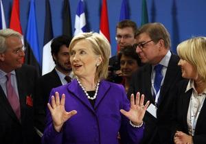 Клинтон: Россия не может запрещать европейским странам вступать в ЕС и НАТО