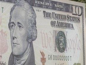 Доллар на межбанке стремится к отметке в девять гривен