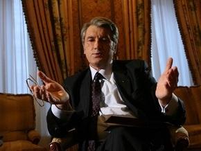 Ющенко еще не определился с судьбой Черновецкого