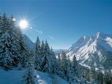 Швейцарские спасатели нашли в Альпах шестерых украинцев