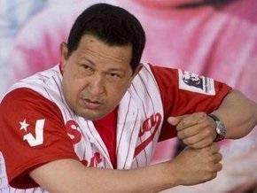 Чавес обещает признать любые итоги предстоящего референдума