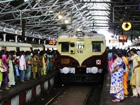 В Индии контролерами в поездах будут работать боксеры и борцы