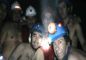 Ложка тунца в день: как чилийские шахтеры выжили под землей