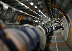 Второй по мощности в мире коллайдер Тэватрон завершил работу