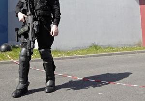 У входа в офис Соцпартии Франции сработал взрывной механизм