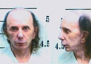 Фил Спектор, отбывающий срок за убийство, выпускает альбом