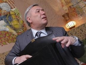 Ехануров обжаловал в суде свое увольнение с поста министра обороны Украины