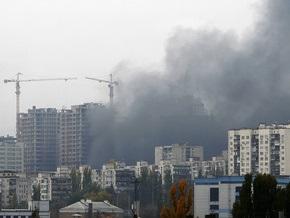В Соломенском районе Киева горит новостройка