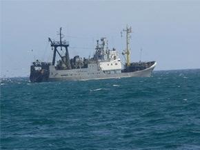В Беринговом море терпит бедствие российский траулер