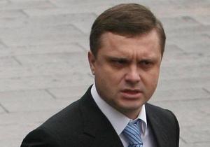 Левочкину не понравился новый самолет Януковича