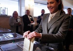 Вопреки результатам экзит-поллов Королевская надеется на попадание в парламент