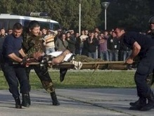 Взрывы на базе в Албании: 243 пострадавших