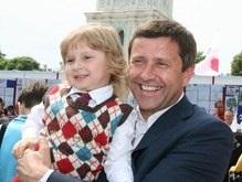Пилипишин призвал участников выборов не трогать детей