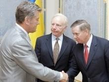 Ющенко принял американских сенаторов