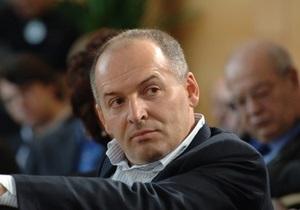 К Пинчуку в Давос прилетят основатель Википедии и президент Израиля