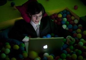 Опрос: Около трети украинцев и россиян против знакомств в интернете