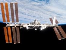 Экипаж МКС 8 марта отметит уборкой