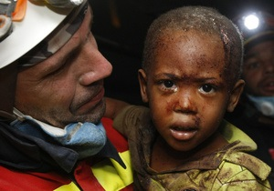 Спасатели извлекли из-под завалов отеля на Гаити 23 человека