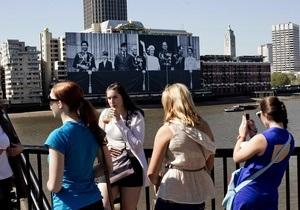 В честь 60-летия правления Елизаветы II по Темзе пройдут тысячи судов