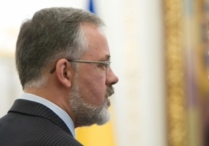 Табачник намекнул, что Тимошенко попала в политику через  постель Лазаренко