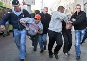 В Беларуси за аплодисменты оштрафован однорукий инвалид