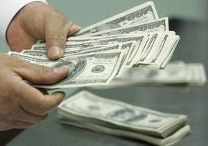 Ъ: НБУ в июле продал на межбанке рекордное количество валюты за год