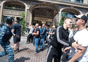 Суд перенес заседание по Титушко из-за неявки адвоката обвиняемых
