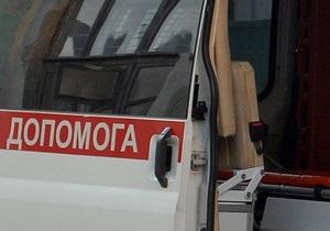 новости Запорожья - ДТП - В Запорожье автомобиль въехал в остановку: двухлетний ребенок в коме