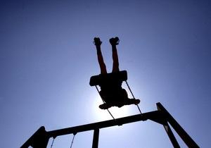 Киевские власти планируют открыть 137 пришкольных лагерей