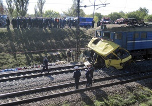 ГАИ предупреждала Укрзалізницю о необходимости оборудовать шлагбаумом ж/д переезд под Марганцем